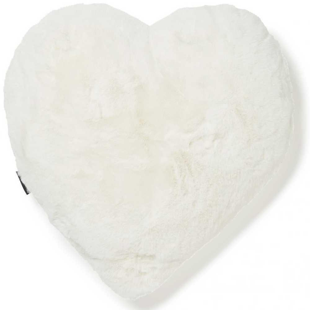 SISUSTUSTYYNY Fluffy heart ivory Skinnwille